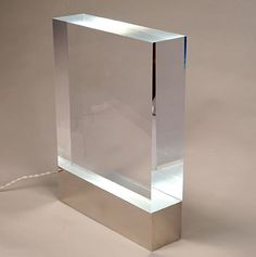 Table lamp in plexiglass and metal. Table Lamp, Sconce Lamp, Interior Lighting, Lamp Light, Glass Furniture, Plexiglass Table, Concrete Lamp, Contemporary Light Fixtures, Floor Lamp Table