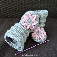 Návody na ponožky, papučky, balerínky Gloves, Beanie, Toys, Crochet, Handmade, Softies, Shoes, Activity Toys, Hand Made