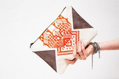 themodernexchange:  Geometrical Illusion Printed Leather Pouch | CORIUMI on Etsy