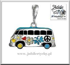 Srebrny wisiorek emaliowany VW T2 🌸🚐🌺☮️ Volkswagen typ 2 – czyli minibusik lub transporter. Ulubiony środek lokomocji Dzieci Kwiatów w latach 60. , stał się ikoną ruchu hipisowskiego, w USA nazywano go po prostu hippie van #srebrny #wisiorek #emalia #vwT2 #minibusik #transporter #pacyfa #dzieci #kwiatów #volkswagen #hippievan #vw #hippisa #kwiaty #hipisowski #symbol #hippis #jubilertychy #jubiler #tychy #foto #naprezent #jeweller #tyski #złotnik ➡ www.jubilertychy.pl/promocje 💎