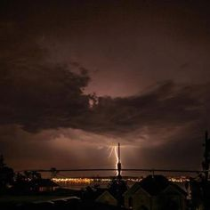 Tacoma Washington lightning storm. A rare occurrence in the NW.
