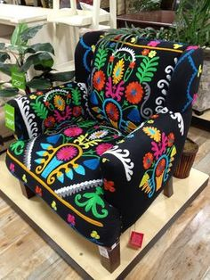 LUV THIS! Bohemian folk-art armchair -- I like the bright colors and floral pattern on a black background. (Chair from Homegoods, shown on Bohemian Decor « Sheri Martin Interiors) Bohemian Interior, Bohemian Decor, Bohemian Room, Bohemian Style, Boho Chic, Modern Bohemian, Boho Gypsy, Funky Furniture, Painted Furniture