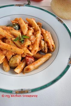 Spicy Penne with Tomato Sauce and Roasted Vegetables