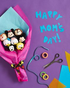 Show Momhow much you care by presenting herwith a beautiful and creative bouquet! | Tsum Tsum Mother's Day DIY craft | [ http://family.disney.com/craft/pooh-mothers-day-bouquet ]