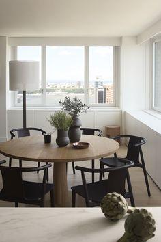 24 Minimalist Modern Dining Rooms