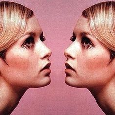 In the Mood For Fall Twiggy – eye makeup and also the concept of a mirrored shot Doe Eye Makeup, Simple Eye Makeup, Estilo Twiggy, Loves Of A Blonde, Twiggy Model, Twiggy Style, 60s Style, Doe Eyes, Autumn Photography