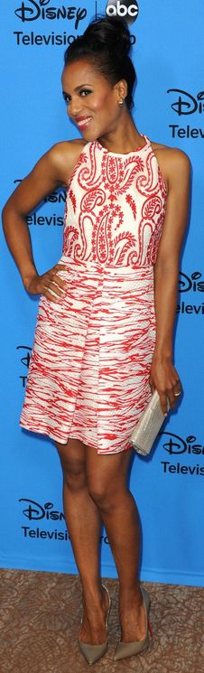Who made Kerry Washington's clutch handbag, red and white print dress and brown pumps that she wore in Beverly Hills on August 4, 2013?