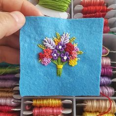 This Pin was discovered by Süm Embroidery Fashion, Embroidery Jewelry, Modern Embroidery, Hand Embroidery Designs, Ribbon Embroidery, Embroidery Art, Embroidery Stitches, Loom Knitting For Beginners, Embroidery For Beginners