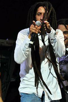Oh my God *o* love it! Marley Brothers, Julian Marley, Black Music Artists, Marley Family, The Wailers, Ju Ju, Bob Marley, Music Publishing, Reggae