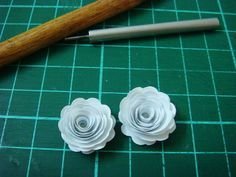 Lin Handmade Greetings Card: Paper quilled roses.....