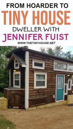 Do your friends and family joke that you're a hoarder? Are you struggling to get rid of your stuff? This is the episode for you because Jennifer Fuist is a former hoarder who sold over 4,000 items on Facebook after falling in love with tiny houses. Jennifer made the journey from hoarder to tiny house dweller, and in this conversation, Jennifer shares how she approaches owning things in her new reality. Plus, her tips on how to learn to let go of your stuff. Building A Tiny House, Tiny House Plans, Tiny House On Wheels, Tiny House Family, Tiny House Living, Family Jokes, House Viewing, Learning To Let Go, Tiny House Bathroom