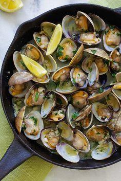 Shellfish Recipes, Seafood Recipes, Seafood Meals, Seafood Dinner, Fish And Seafood, Wine Recipes, Cooking Recipes, Healthy Recipes, Mussel Recipes
