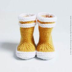 Bottes de marin maille bébé laine.
