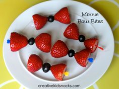 Minnie Mouse Birthday Party Ideas,doing this for my baby! I love  a party that is strictly kids food...adults,deal with it!