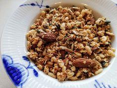 Honningristet Mysli – Bagehuset.dk Rice Krispies, Cereal, Breakfast, Food, Morning Coffee, Essen, Meals, Yemek, Breakfast Cereal