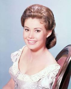 Betsy looking very pretty! Doug Mcclure, James Drury, The Virginian, Tv Westerns, Best Tv, Comedians, Movies And Tv Shows, Movie Stars, Favorite Tv Shows