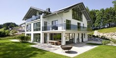 Style At Home, Pure Products, Mansions, Studio, House Styles, Outdoor Decor, Home Decor, Windows And Doors, Contemporary Design