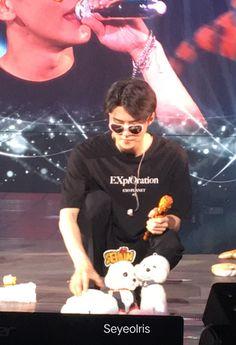 190915 Exploration In Singapore Exo Concert, Exo Memes, Kpop Exo, Chanbaek, Chanyeol, Sehun Vivi, Baby Boy, Actors, My Love