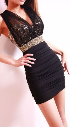party style inspiration | Black Sequined Bodycon Dress ♥ Okay so I wouldn't have a place to wear this... but its soooo pretty