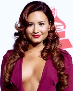 What does everyone think of Demi Lovato's deep red hair color?
