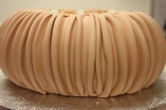 The Sugar Suite Blog: How to: Rouching!