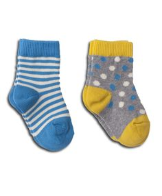 Super soft organic cotton baby socks from Wear PACT. GOTs certified cotton socks that your little one will love. Shop organic now!