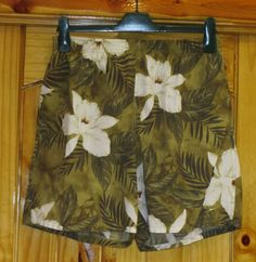 Mens Speedo Swim Trunks. sz Med. Hawaiian Print. Green, White. Worn once. #Speedo #Trunks SOLD!!!SOLD!!!SOLD!!!