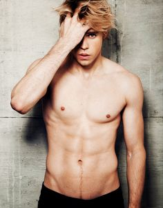 Chord Overstreet lets just observe for a moment
