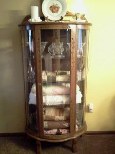 Circa 1900 S Victorian Tiger Oak Bow Front Claw Foot China Cabinet This Stands At 67 Tall And Is 46 Wide It Contains Two Gl