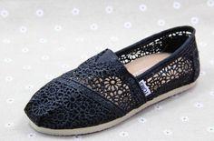Toms Shoes1