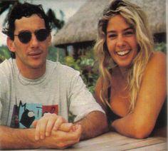 Adriane Galisteu e Ayrton Senna em Bora Bora no Taiti, ilha da Polinésia Francesa -Fonte: http://4.bp.blogspot.com/-yHVGJHwp__8/USQECWjTUxI/AAAAAAAAEo8/Qf1PGxfA9xk/s1600/gordinha.jpg