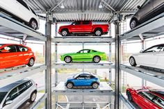 Vending machines aren't only for soda and chips anymore. Atlanta-based Carvana, the second largest used car dealer in Georgia, has opened the first-ever car vending machine in Nashville, . First Car Quote, Cheap Car Insurance Quotes, Car Buying Tips, Car Quotes, Car Purchase, Sales People, Premium Cars, Car Shop, Fuel Economy