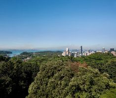 Mount Faber Park, Singapore Overlooking busy Keppel Harbour and southern Singapore, Mount Faber Park occupies the second highest hill in the city. It's also where you can board a cable car to Sentosa Island, a resort complex complete with theme parks. With cozy dining at Emerald Lodge and the Jewel Box and plenty of tucked-away corners along the paths through the lush rainforest, the park has developed a reputation for romance.