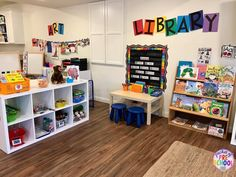 preschool classroom set up Welcome to Pocket of Preschool Academy! We are so excited that you are considering joining our family! In our classroom, we promise to love and resp Preschool Classroom Layout, Preschool Set Up, Preschool Rooms, Classroom Design, Classroom Setting, Preschool Library Center, Preschool Schedule, Toddler Classroom Decorations, Preschool Decorations