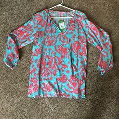 Lilly Pulitzer Etta top in don't be shellfish New with tags! Lilly Pulitzer Tops Blouses