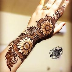 """4,523 Likes, 31 Comments - Henna Mehndi London (@lal_hatheli_henna) on Instagram: """"#lal_hatheli Put a grain of boldness in to everything you do #Repost @nawal_alzdjali #mehndi…"""""""
