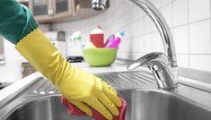 4 enkla sätt att hålla diskbänken superblank - Home Cleaning Products Bra Hacks, Bathroom Cleaning Hacks, Natural Cleaning Products, Spring Cleaning, Declutter, Keep It Cleaner, Clean House, Good To Know, Sink