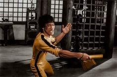 Bruce Lee Games, Basement Movie Room, Game Of Death, Kung Fu Movies, Bruce Lee Photos, Good People, Amazing People, Martial Artist, Film Director