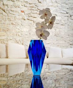Gema by Moser  GEMA VASES The stunning colours are achieved by layering colours of glass, then hand cutting and polishing like the facets of a gemstone. 10 inches tall.   Aqua and Blue. #vase #YVR #BC #Vancouver #Vancity #Home #Homedecor #interiordesign #design #Luxury #Elegant #quality #flowers #floral #MOSERS #unique #MOSER #fluo #neon #colourful #colours