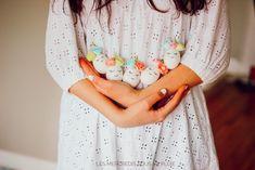 Les Licornes Oeuf de Pâques Colored Paper, Paper Flowers, Making Memories, Single Flowers, Rain, Unicorn, Love Birds