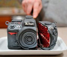 Cool camra cakes ... This is for you Andrew