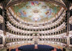 'Teatro Comunale di Carpi I' 2011; Candida Höfer