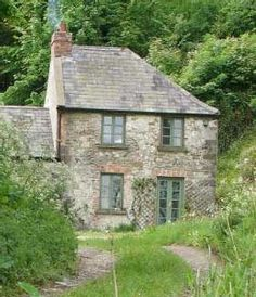 The Snug at Rossnaree Little Houses, My Dream, Castles, Snug, Cottage, Homes, Let It Be, House Styles, Places
