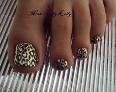 I need my toes painted like this!!! <3