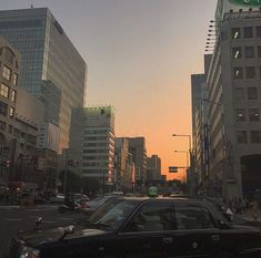 Aesthetic landscape city sky forest flowers clouds travel around the world nature vacation ideas water river sea view sunset sunsrise City Aesthetic, Aesthetic Photo, Aesthetic Pictures, Beige Aesthetic, Aesthetic Korea, Aesthetic Fashion, Paradis Sombre, My Academia, Damien Chazelle
