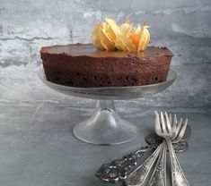 """Anya, ez isteni!..."", avagy Gabojsza konyhája: Francia csokitorta Sweets, Baking, Desserts, Food, Cakes, France, Tailgate Desserts, Deserts, Good Stocking Stuffers"