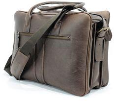 sac weekend en cuir Leather Bag, Backpacks, Fashion, Book Bags, Bags, Moda, Fashion Styles, Backpack, Fashion Illustrations
