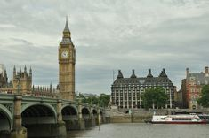 Are you aware of the top 5 beautiful UK holiday destinations? Check out. And, get prepared for exploring the beauty of these UK holiday destinations. Big Ben, Westminster, Travel Around The World, Around The Worlds, Uk Sites, Uk Destinations, Uk Holidays, Tower Of London, Free Pictures