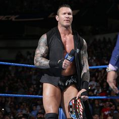 """United States Champion Randy Orton hits the scene and tells Mahal he is nothing without the help of his """"little stooge. Wwe Total Divas, Wwe Divas, Hot Guys Eye Candy, Plain Hoodies, Randal, Wwe Roman Reigns, Apex Predator, Beefy Men, Randy Orton"""