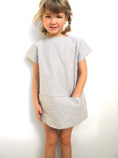 Love this little shift dress for girls.